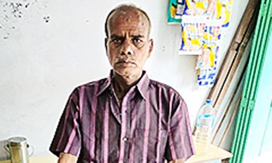 ১৫ বছর পরে বাড়ি ফিরছেন 'মৃত' প্রভাকর
